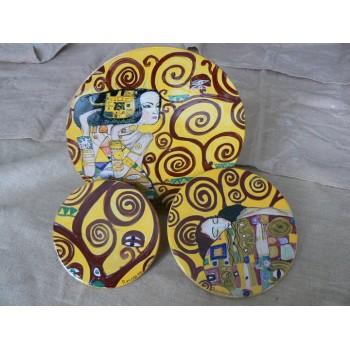 Piatti da appendere in ceramica prodotti artigianali for Oggetti da appendere